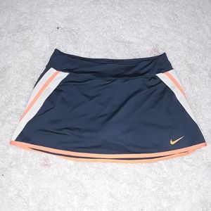 Nike womens dry fit tennis skirt size L